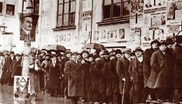 Aşa arăta o secţie de votare în Bucureştiul anilor '30!