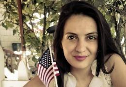 De ce vin unii moldoveni în America?