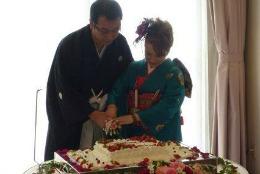 Două nunţi, un botez şi o familie fericită // FOTO
