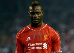 Mario Balotelli şi-a cerut scuze după ce a postat un text cu tentă rasistă