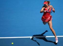 Maria Șarapova, calificată cu emoții în turul III la Openul Australiei