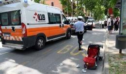 O moldoveancă şi fetiţa ei de 18 luni, grav accidentate în Italia; Au fost lovite pe trecerea de pietoni