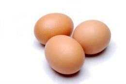 Nu le arunca! Iată care sunt beneficiile cojilor de ouă!