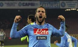 Napoli a respins oferta consistentă a lui Arsenal pentru Gonzalo Higuain