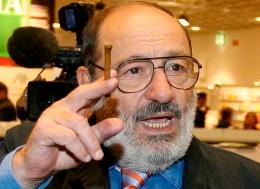 Cum a dorit să fie înmormântat Umberto Eco?