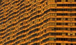 Un copil de trei ani a căzut de la etajul 15 și a supraviețuit în mod miraculos