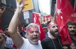 Zeci de jurnaliști, arestați în Turcia după lovitura de stat