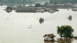 Inundații puternice în Coreea de Nord. Cel puţin 133 de persoane şi-au pierdut viaţa, iar alte 395 au dispărut