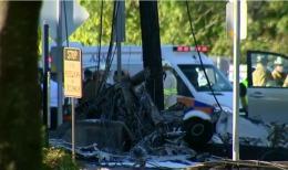 Avion prăbușit pe o șosea, în SUA. Aeronava a luat foc la impactul cu solul