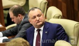 Igor Dodon se teme de voturile studenţilor; E împotrivă ca aceştia să poată vota în localităţile în care studiază