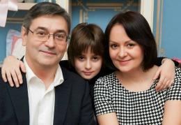"""Anatol Lupu: """"Şi eu, şi soţia, şi fiul nostru, suntem născuți într-o zi de 13"""""""