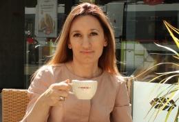 """O moldoveancă şi-a deschis brutărie la Viena, în """"cartierul împăraţilor"""" // FOTO"""