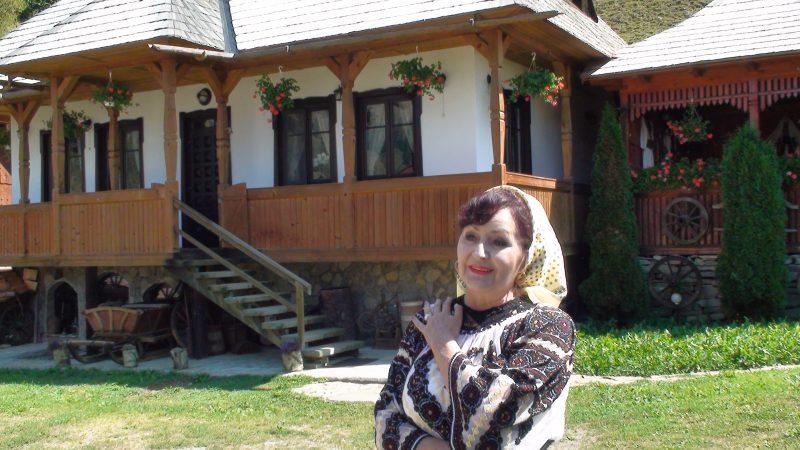 Olga Ciolacu la filmari in Bucovina